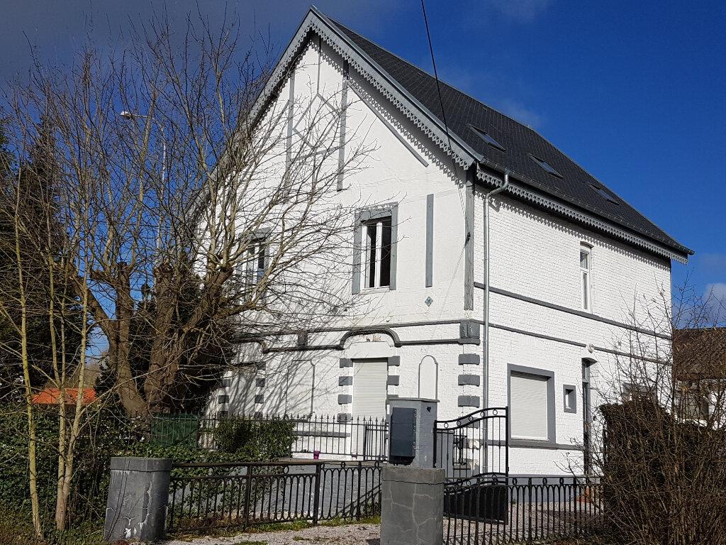 Appartement à louer 4 85m2 à Aire-sur-la-Lys vignette-6