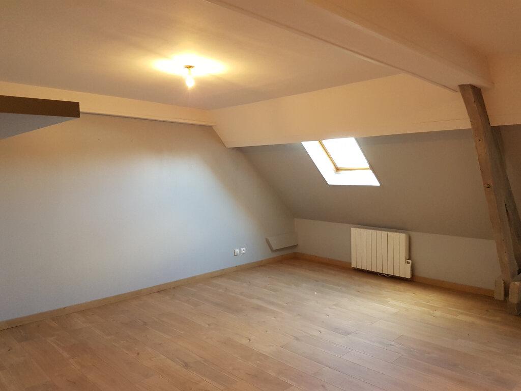 Appartement à louer 4 70m2 à Aire-sur-la-Lys vignette-3