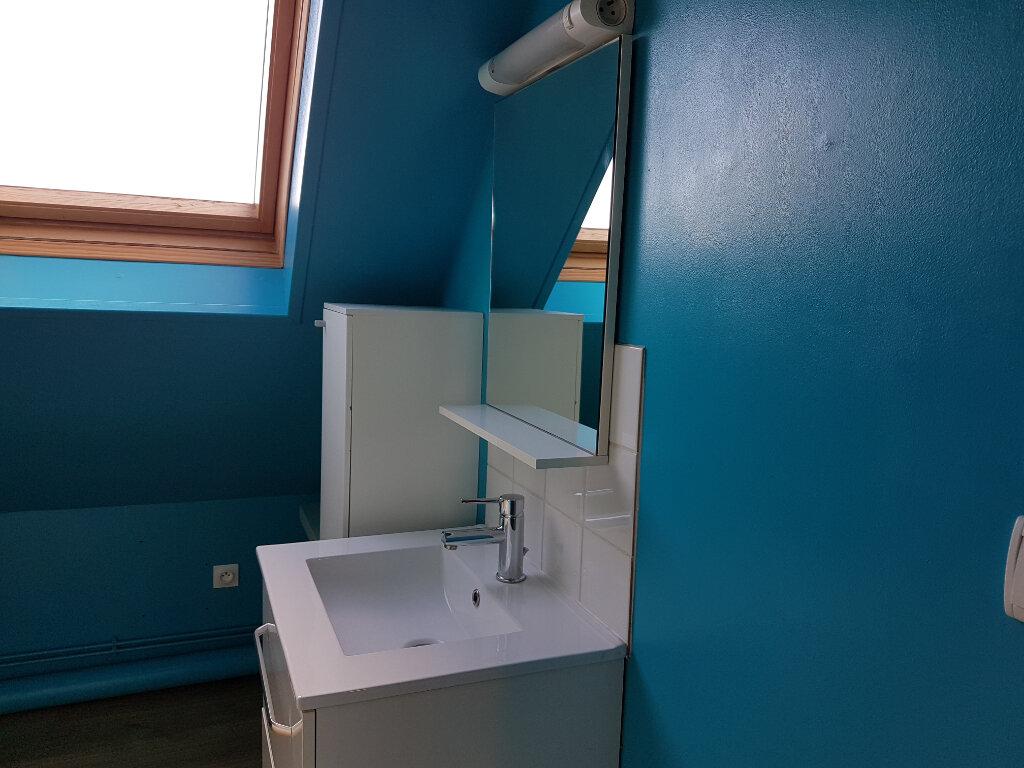 Appartement à louer 4 70m2 à Aire-sur-la-Lys vignette-6