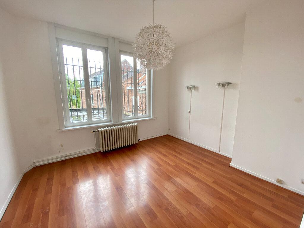 Appartement à louer 2 73m2 à Armentières vignette-3