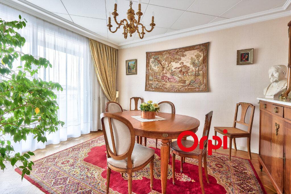 Appartement à vendre 7 158m2 à Lyon 3 vignette-2