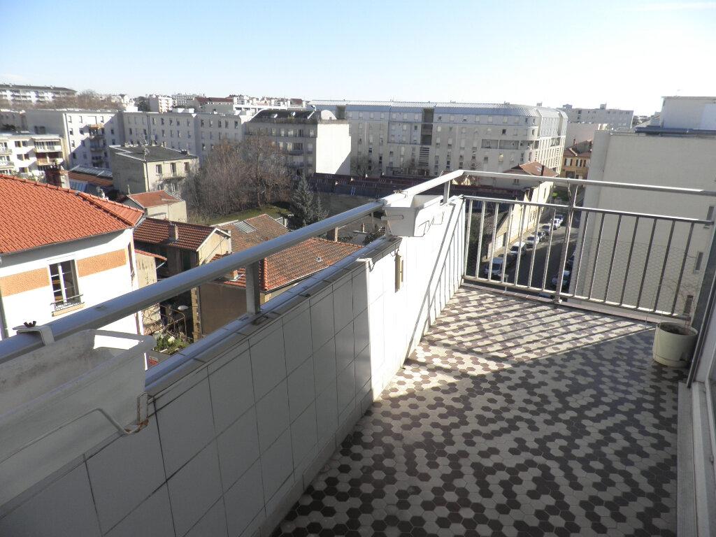 Appartement à vendre 7 158m2 à Lyon 3 vignette-3