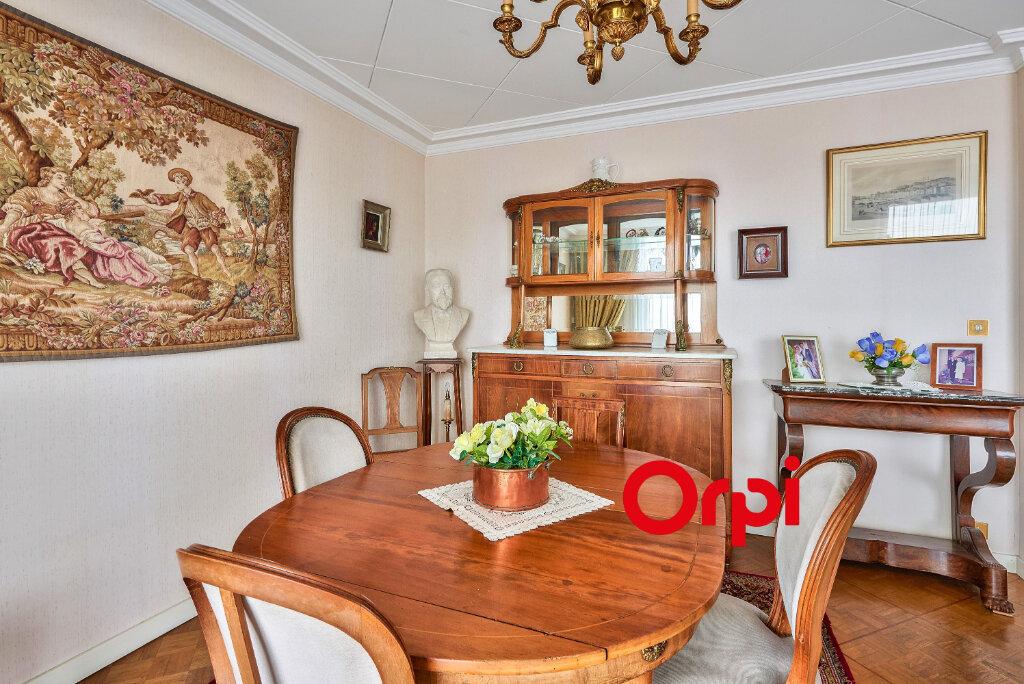 Appartement à vendre 7 158m2 à Lyon 3 vignette-4