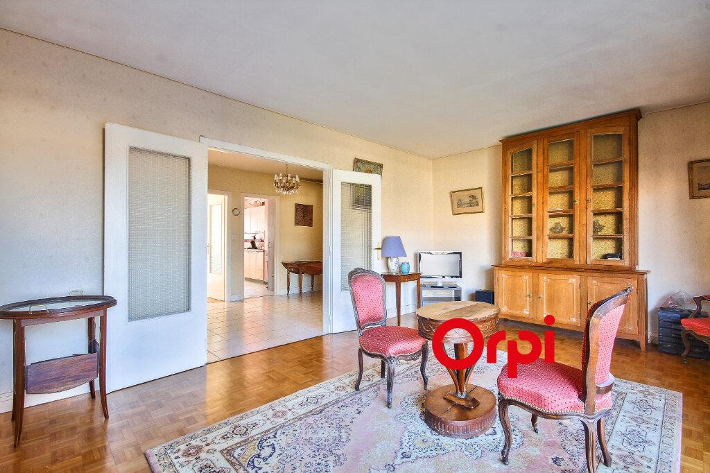 Appartement à vendre 6 143.6m2 à Lyon 3 vignette-2