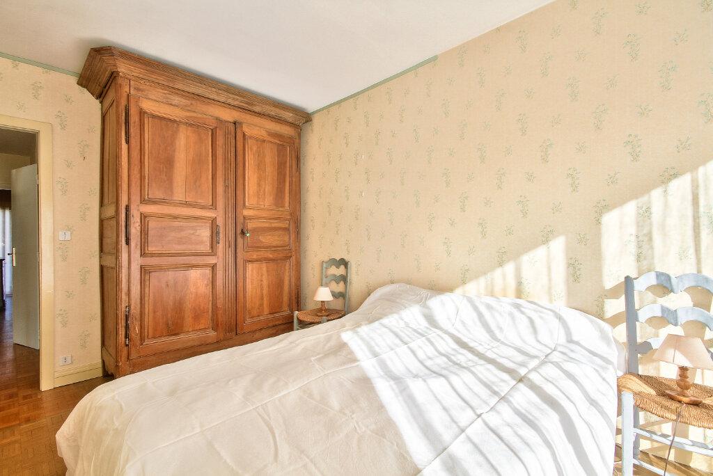 Appartement à vendre 6 143.6m2 à Lyon 3 vignette-6