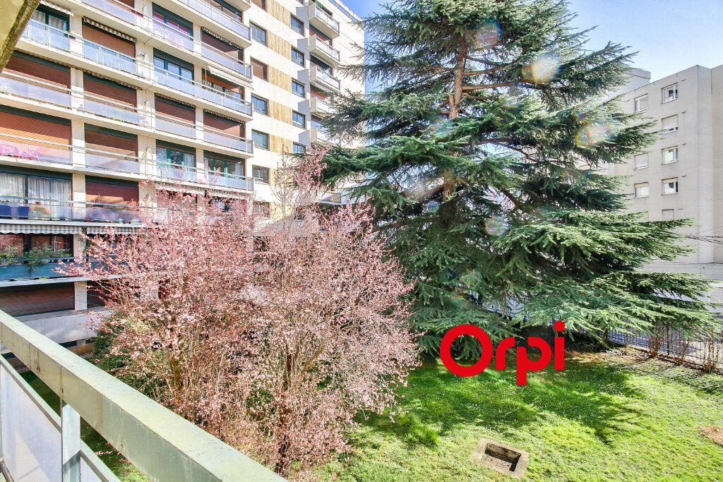 Appartement à vendre 6 143.6m2 à Lyon 3 vignette-10