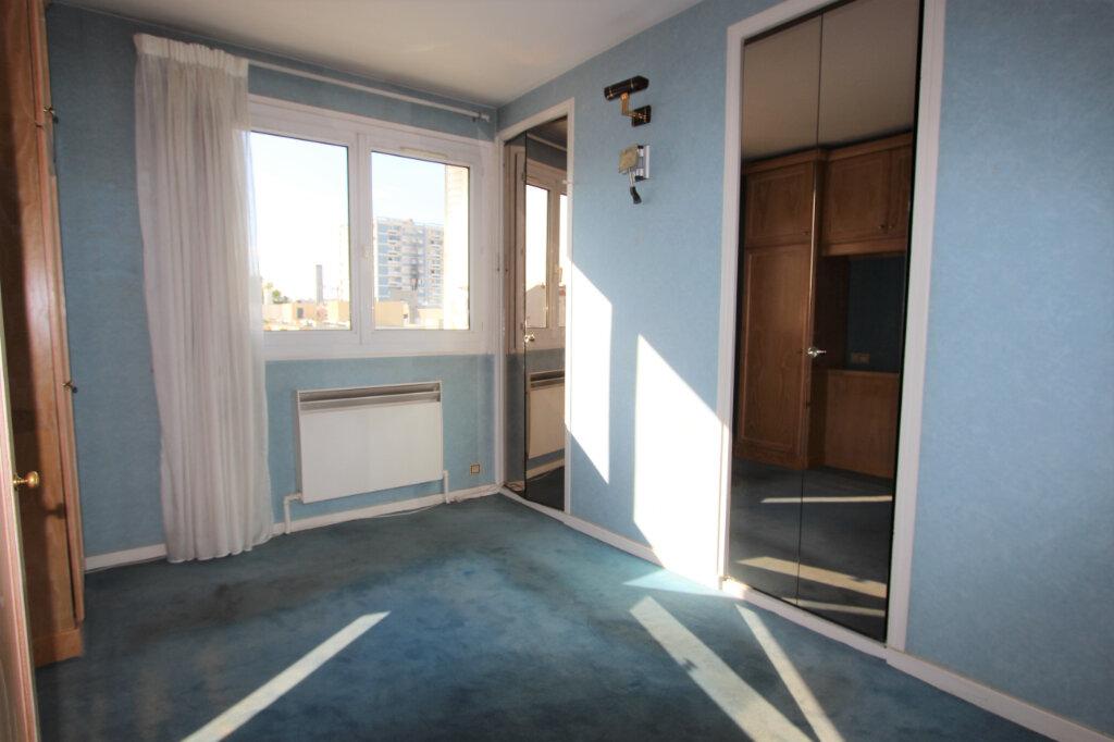 Appartement à vendre 4 75.04m2 à Lyon 3 vignette-5