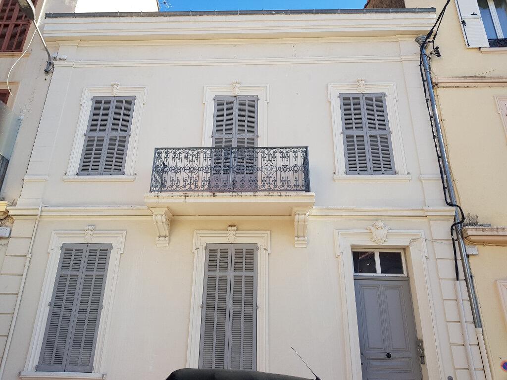 Appartement à louer 2 56.23m2 à Cannes vignette-5