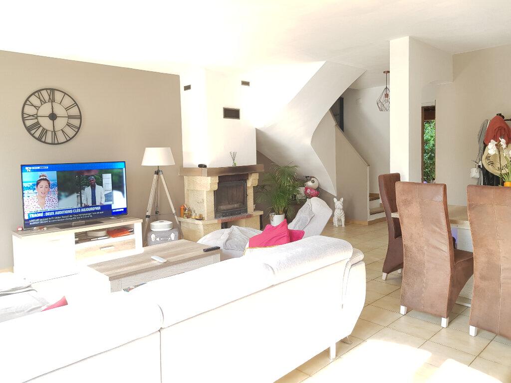 Maison à louer 3 87.98m2 à Mandelieu-la-Napoule vignette-5