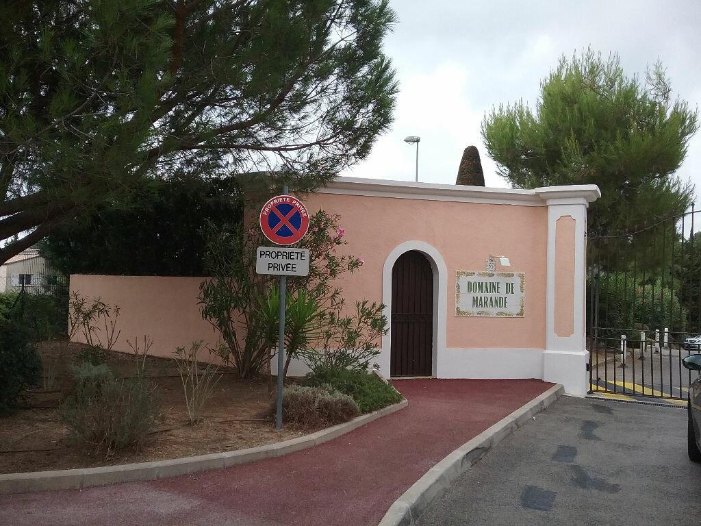 Maison à louer 3 87.98m2 à Mandelieu-la-Napoule vignette-9