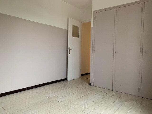 Appartement à louer 4 73.86m2 à Aix-en-Provence vignette-7