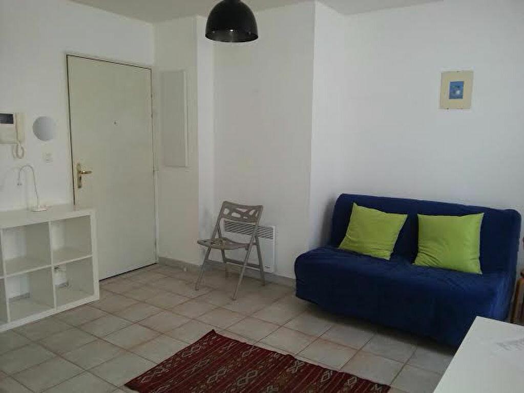 Appartement à louer 1 19.07m2 à Aix-en-Provence vignette-1