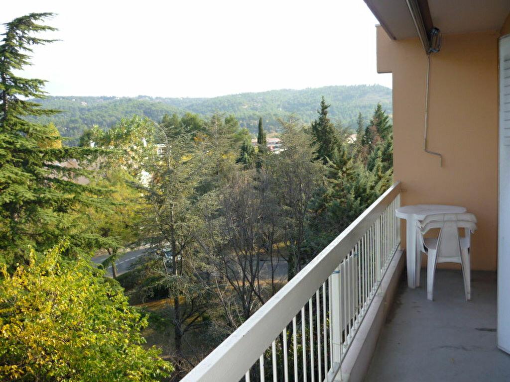 Appartement à louer 1 31.9m2 à Aix-en-Provence vignette-5