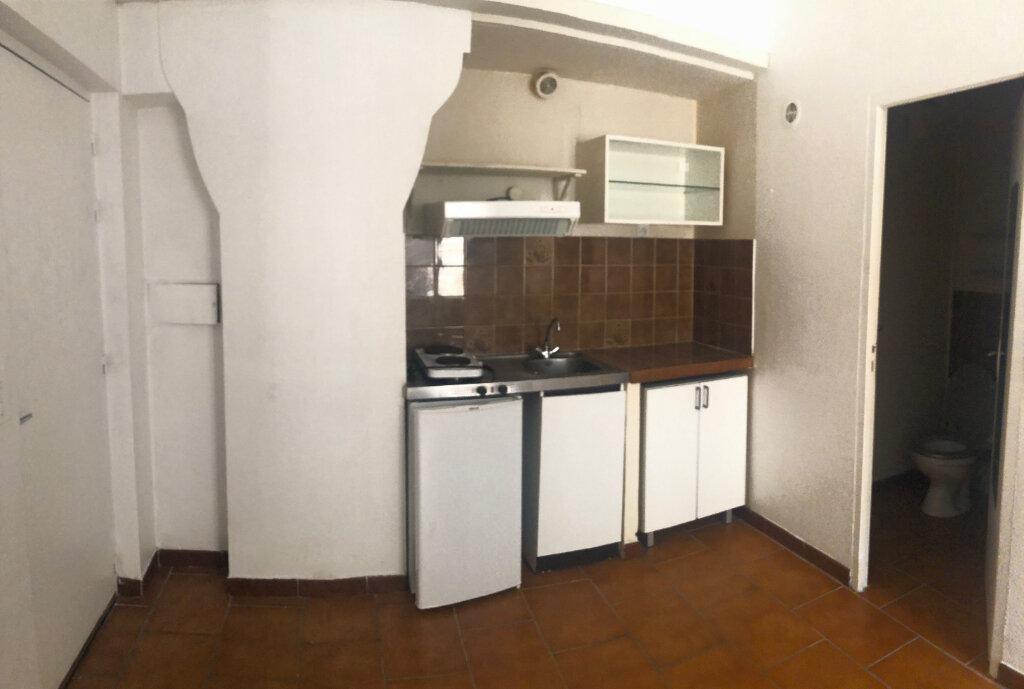 Appartement à louer 1 19.3m2 à Aix-en-Provence vignette-2