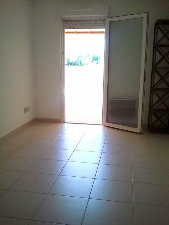 Appartement à louer 2 41.9m2 à Grans vignette-5