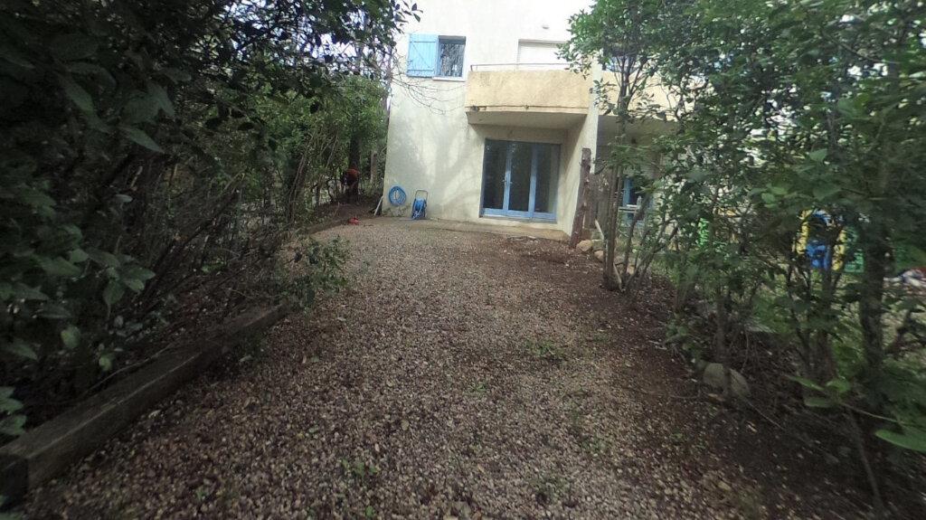 Appartement à louer 1 32.9m2 à Aix-en-Provence vignette-5