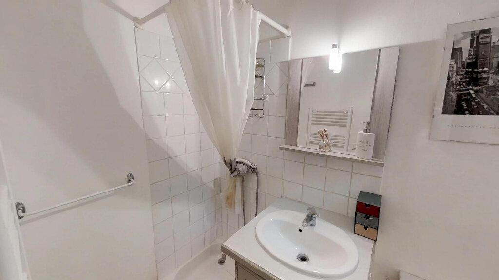Appartement à vendre 2 39m2 à Aix-en-Provence vignette-4