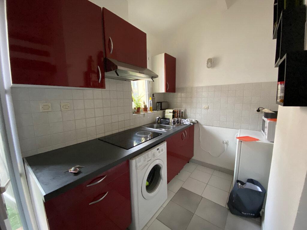Appartement à louer 1 18.15m2 à Aix-en-Provence vignette-3