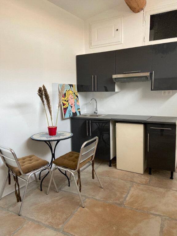 Appartement à louer 1 15.51m2 à Aix-en-Provence vignette-2