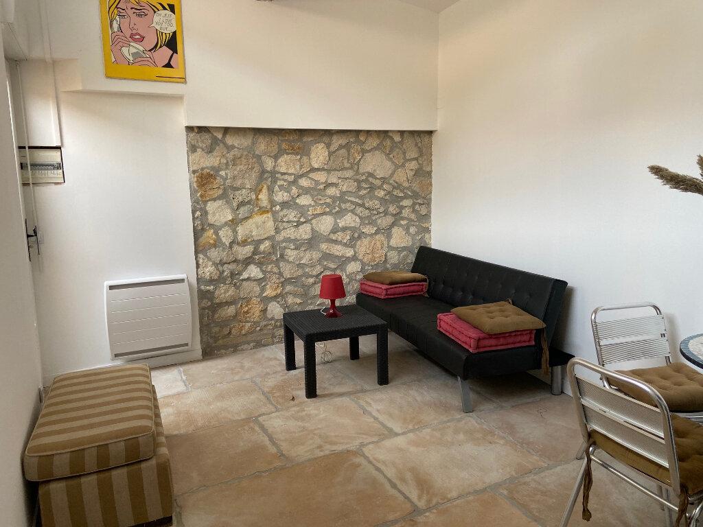 Appartement à louer 1 15.51m2 à Aix-en-Provence vignette-4