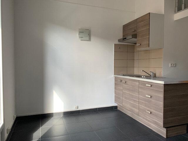 Appartement à louer 2 34.49m2 à Aix-en-Provence vignette-1