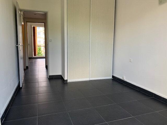 Appartement à louer 2 34.49m2 à Aix-en-Provence vignette-4