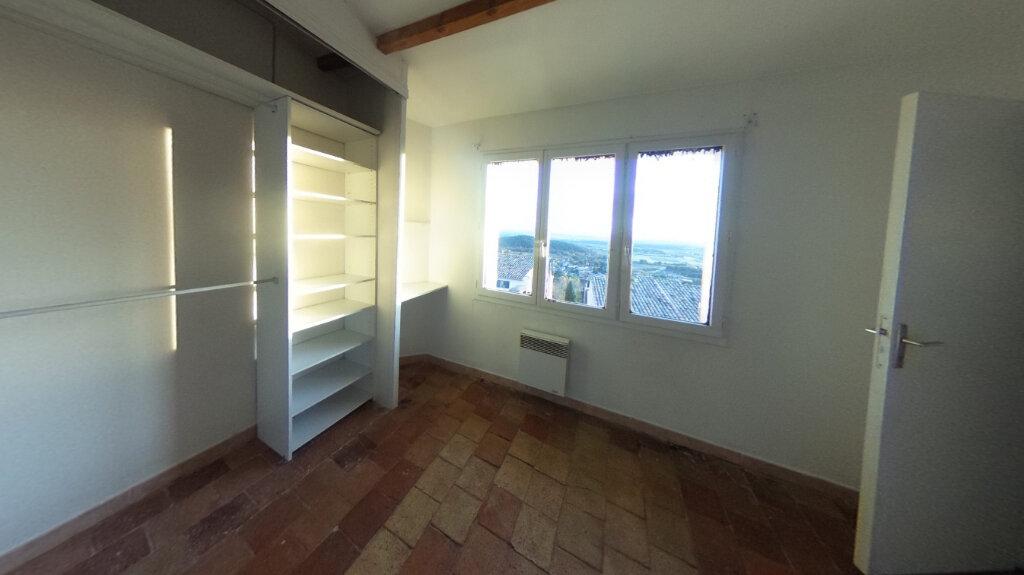 Appartement à louer 3 74.29m2 à Éguilles vignette-4