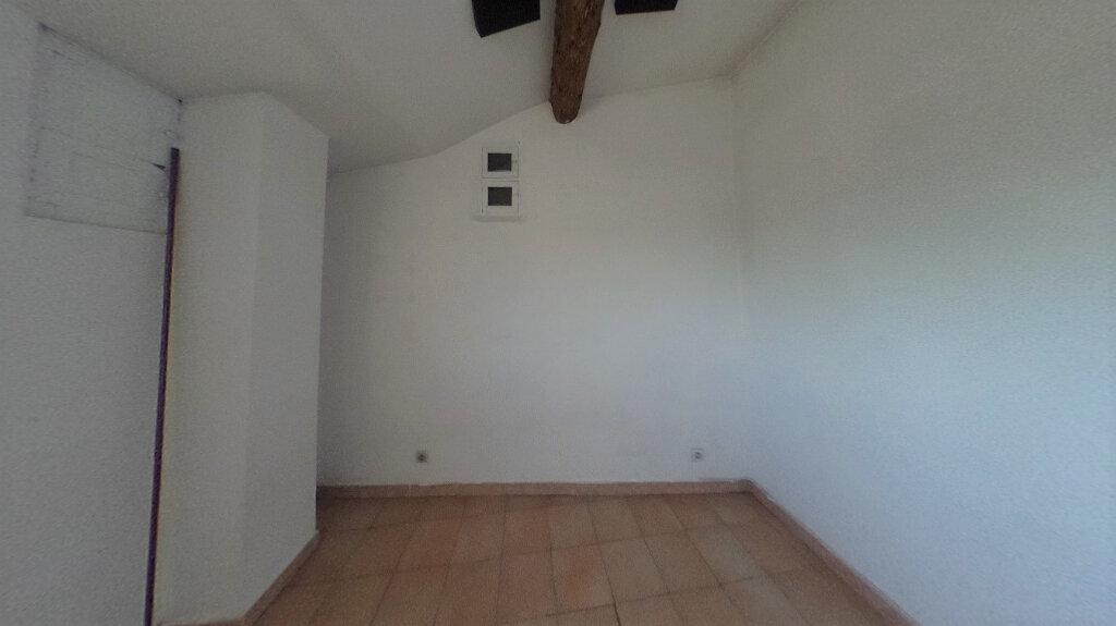 Appartement à louer 3 74.29m2 à Éguilles vignette-5