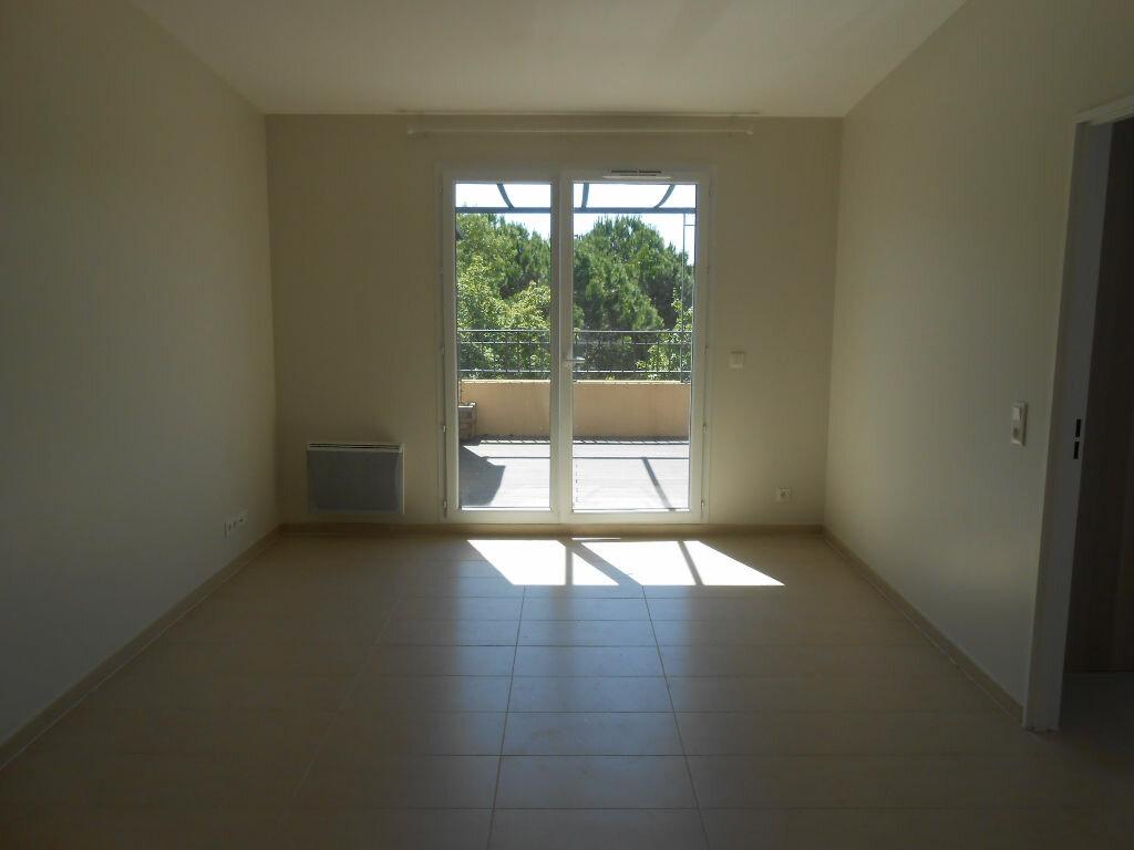 Appartement à louer 2 36.36m2 à Aix-en-Provence vignette-3