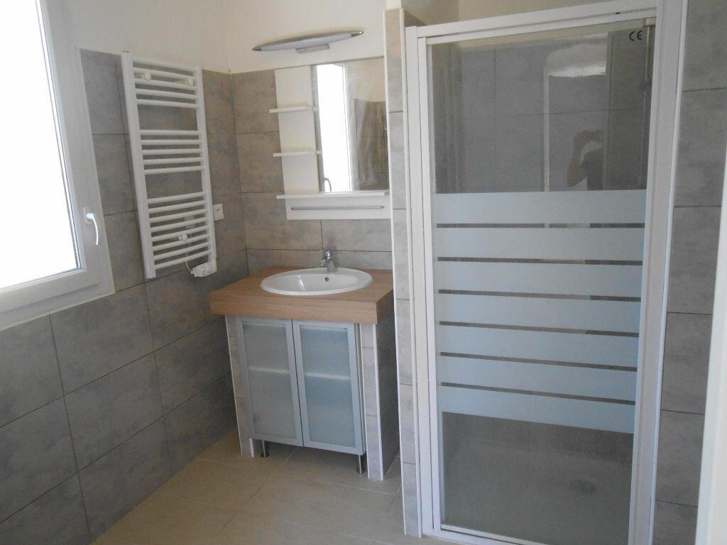 Appartement à louer 2 36.36m2 à Aix-en-Provence vignette-4