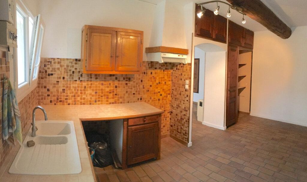 Maison à louer 3 96.61m2 à La Fare-les-Oliviers vignette-3