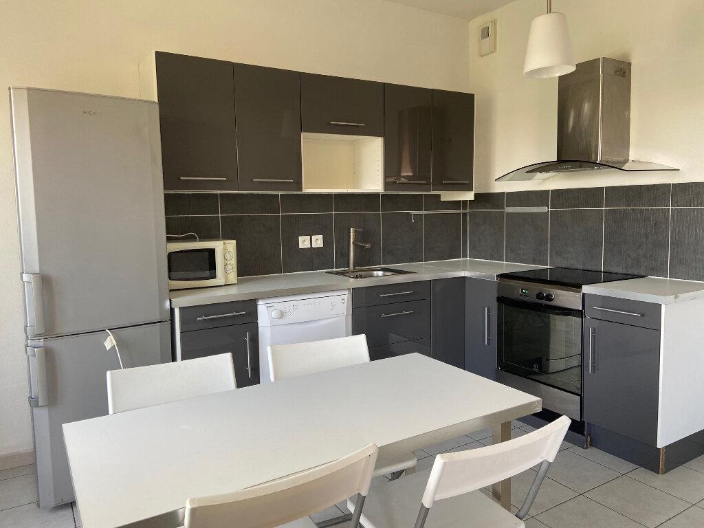 Appartement à louer 2 50m2 à Aix-en-Provence vignette-2