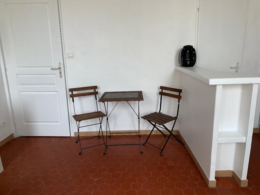 Appartement à louer 1 19.68m2 à Aix-en-Provence vignette-3