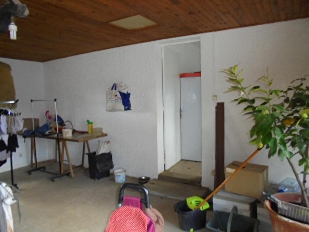 Maison à vendre 5 88.54m2 à Saint-Denis-de-Pile vignette-3