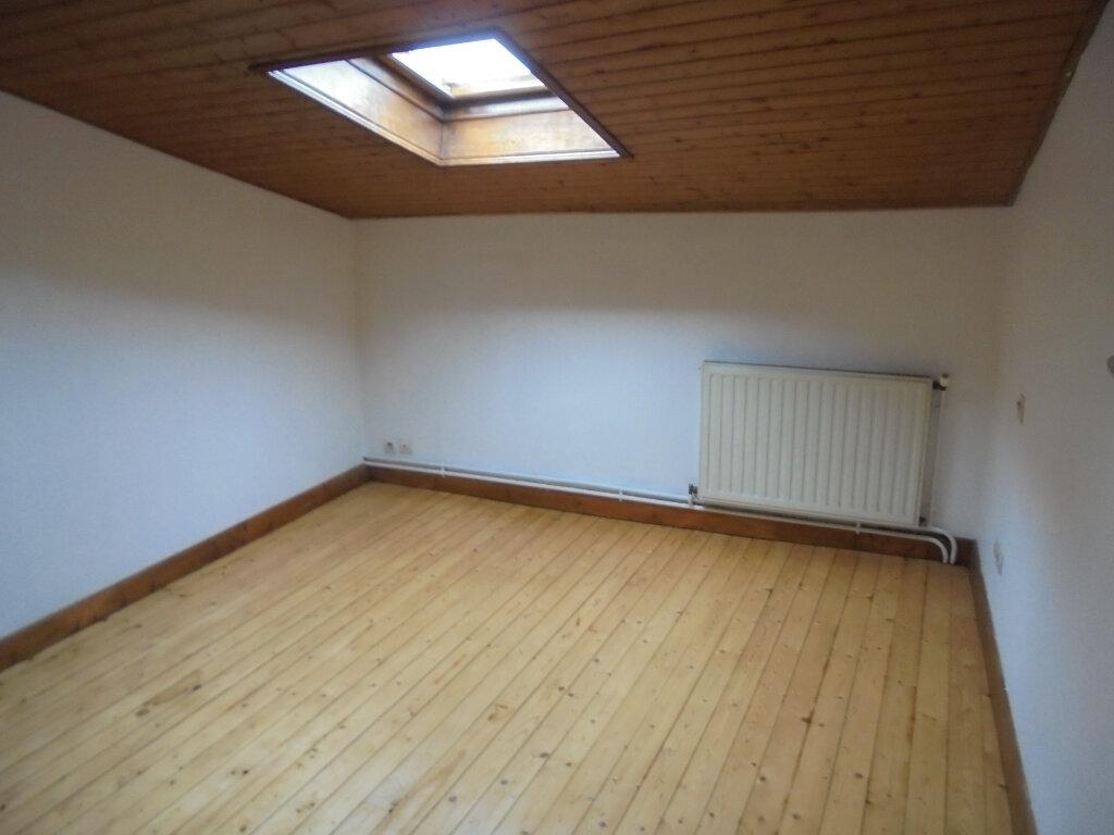 Appartement à louer 2 39.3m2 à Libourne vignette-4