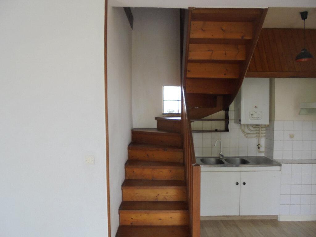 Appartement à louer 2 39.3m2 à Libourne vignette-5