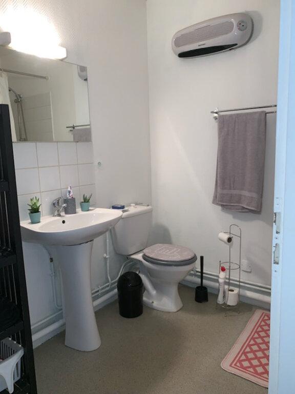 Appartement à louer 1 28.32m2 à Nancy vignette-3