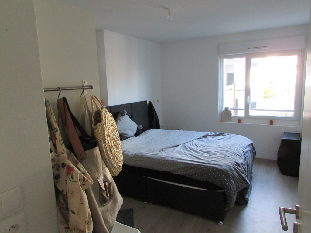 Appartement à louer 3 64.86m2 à Essey-lès-Nancy vignette-4