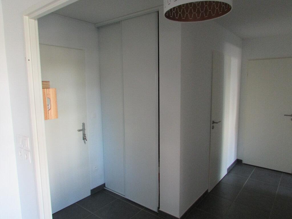 Appartement à louer 3 64.86m2 à Essey-lès-Nancy vignette-5