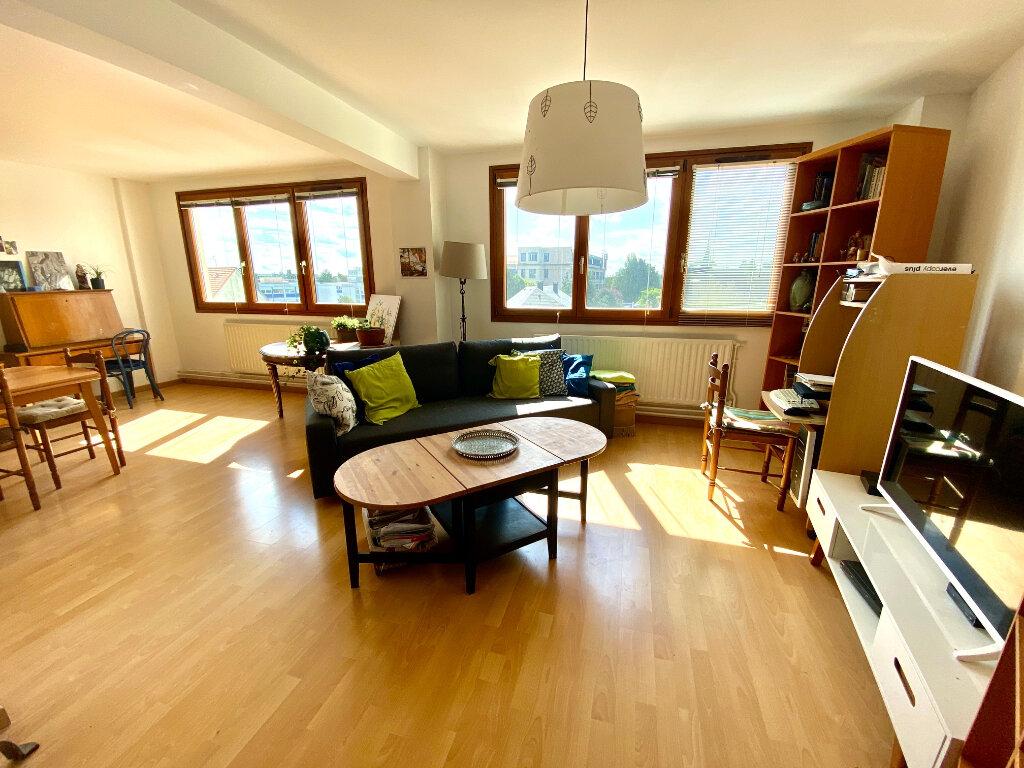 Appartement à vendre 4 114m2 à Nancy vignette-3