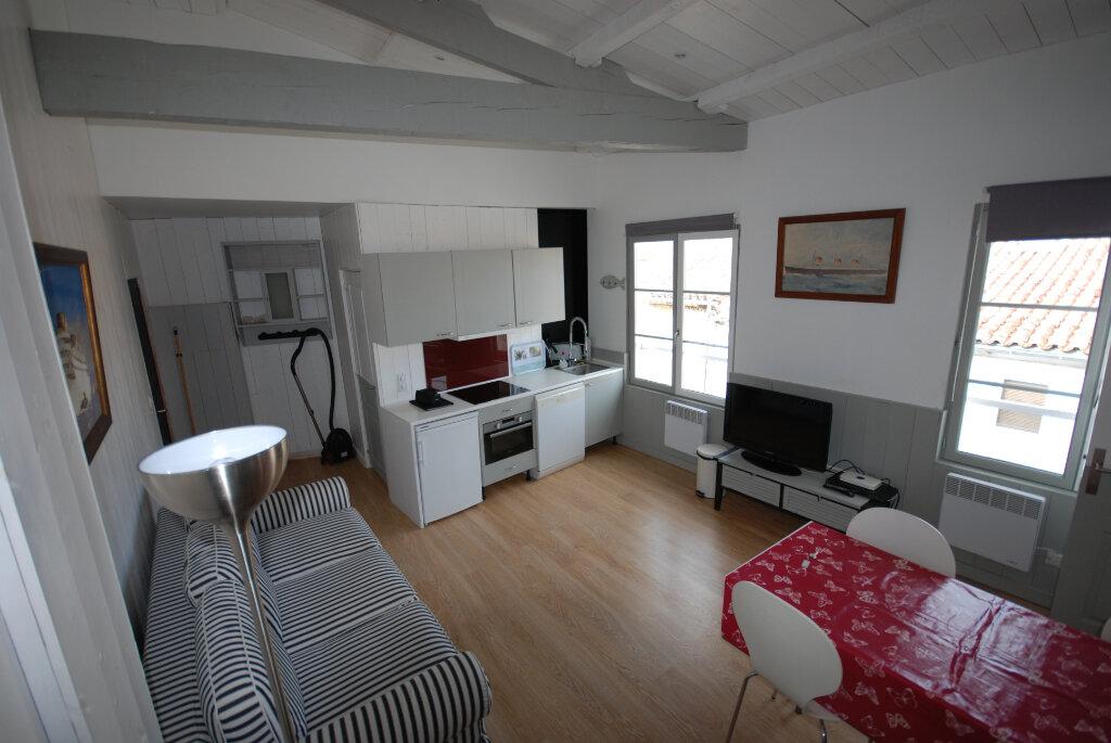 Immeuble à vendre 0 203m2 à Saint-Martin-de-Ré vignette-2