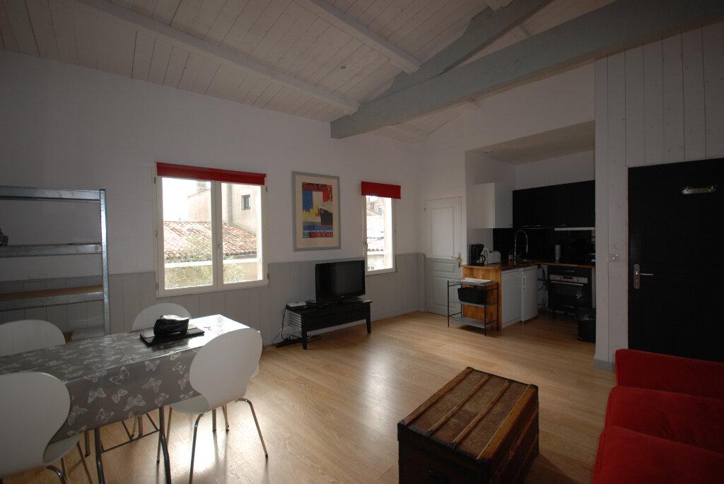 Immeuble à vendre 0 203m2 à Saint-Martin-de-Ré vignette-4