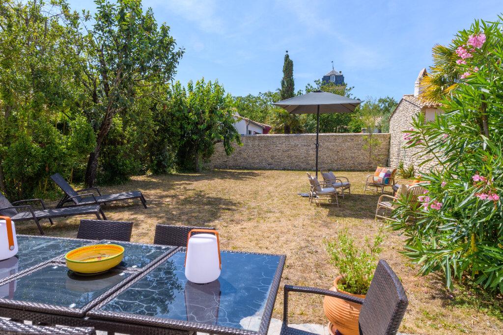 Maison à vendre 9 247m2 à Saint-Martin-de-Ré vignette-1