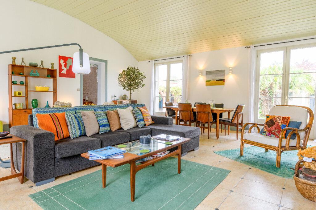 Maison à vendre 9 247m2 à Saint-Martin-de-Ré vignette-5