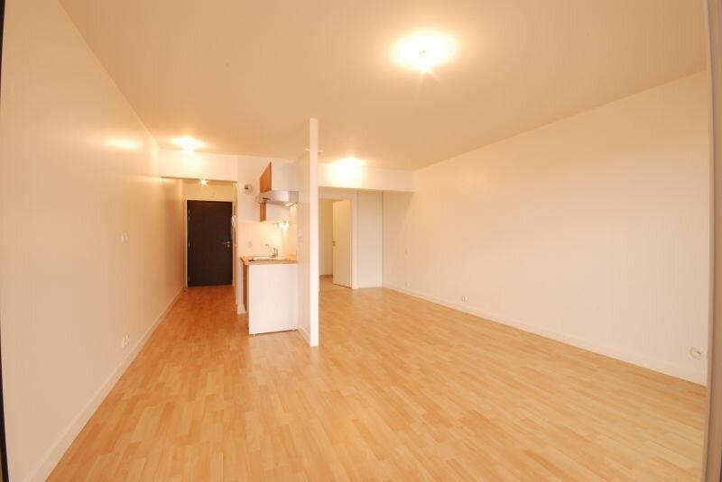 Appartement à louer 1 36.52m2 à La Rochelle vignette-2