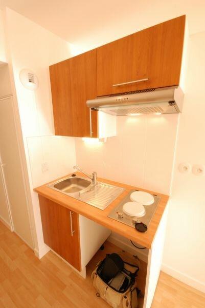 Appartement à louer 1 36.52m2 à La Rochelle vignette-4