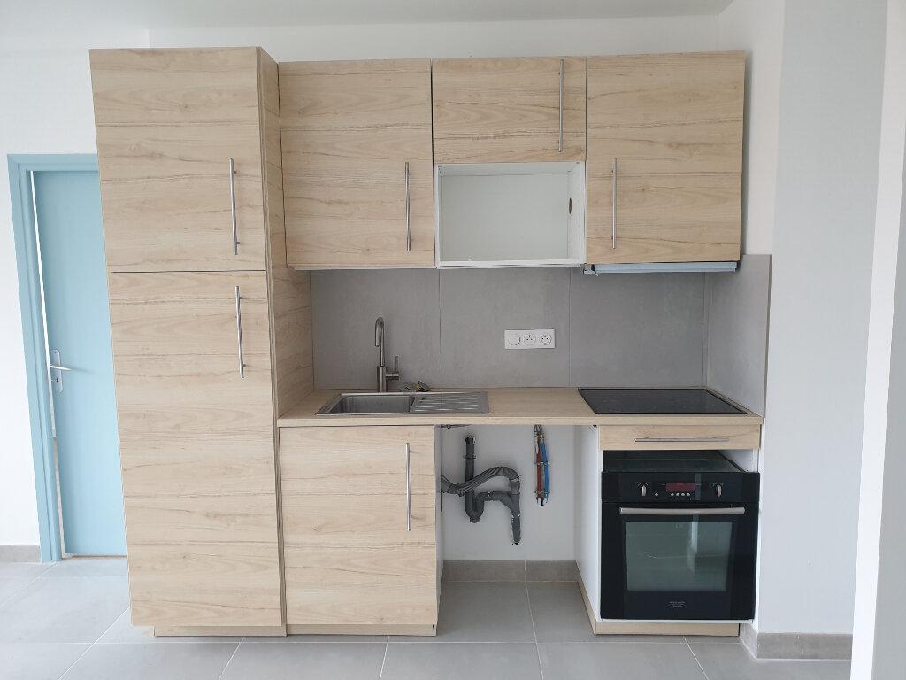 Appartement à louer 4 67m2 à Colomiers vignette-2