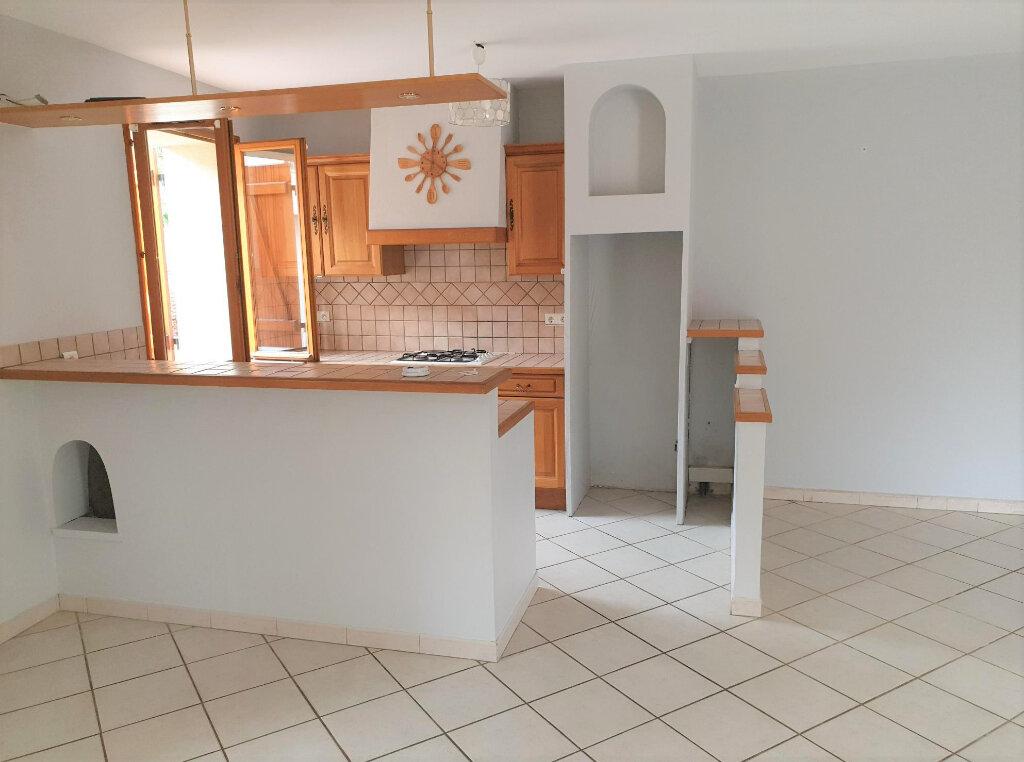 Maison à louer 4 107m2 à Plaisance-du-Touch vignette-3