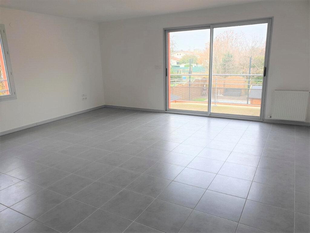 Appartement à louer 3 71m2 à Seysses vignette-2