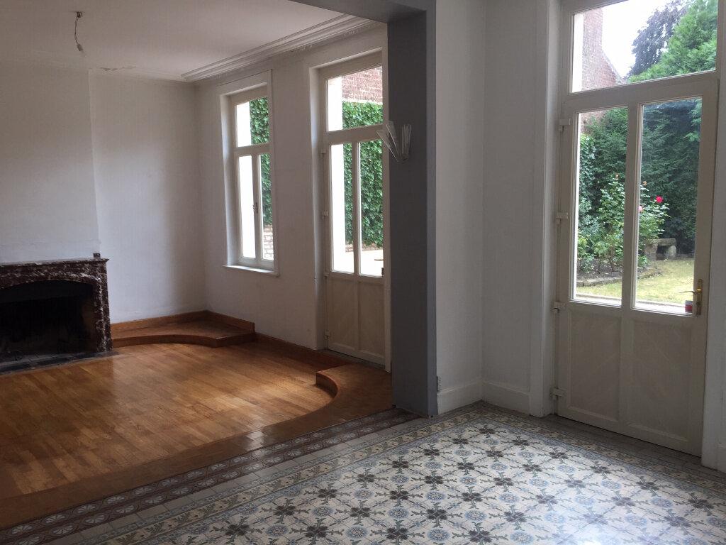 Maison à louer 7 300m2 à Béthune vignette-2